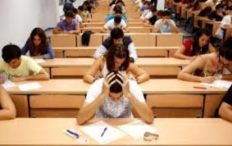 Sınav Kaygısı Nedir? Belirtileri, Nedenleri ve Çözüm Önerileri