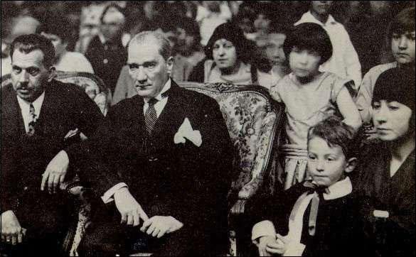 Ataturk-23-4-1929