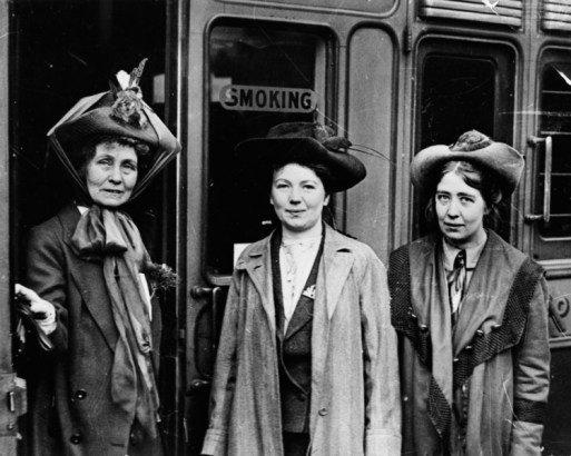 İlk Kadın Otobüs Biletçisi Kimdir? 1 – ilk kadın otobüs