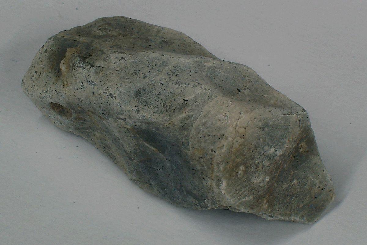 Feldispatoid (Foid) Mineralleri 4 – nefelin