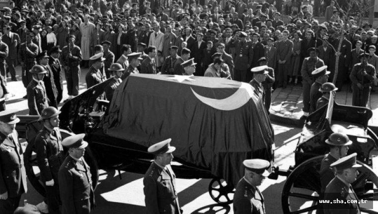 Atatürk'ün Ölümü ve Cenaze Töreni 2 – atatürkün cenaze töreni