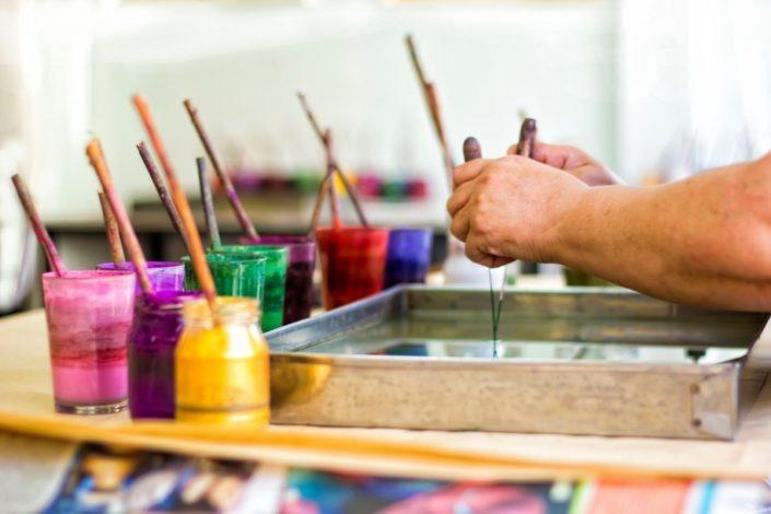 Ebru Sanatı Nedir? Nasıl Yapılır? 1 – ebru sanati malzemeleri